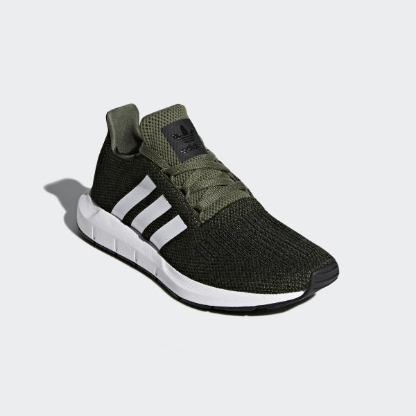 Swift Run Shoes Base Green / Cloud White / Core Black CQ2603