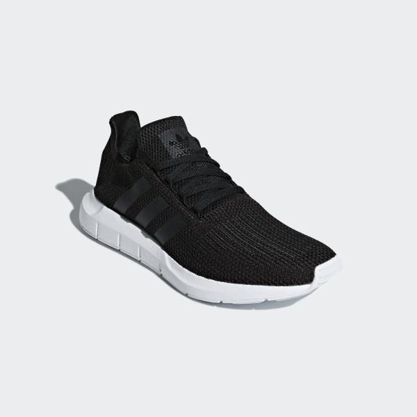 Swift Run Shoes Core Black / Core Black / Cloud White B37726