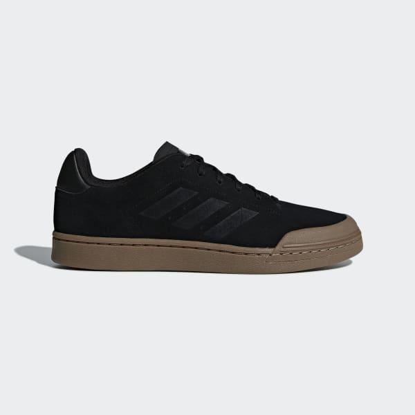 Court 70s Schoenen zwart B79777