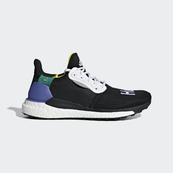 Chaussure Pharrell Williams x adidas Solar Hu Glide ST noir CG6736