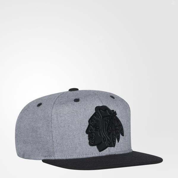Blackhawks Two-Tone Snapback Hat Multicolor BZ6297
