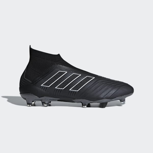 Predator 18+ Firm Ground Black DB2011