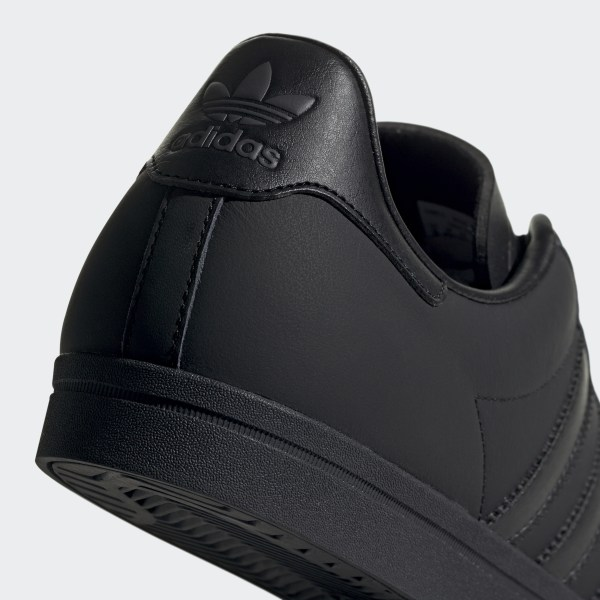 59204f7d922 Coast Star Shoes Core Black   Core Black   Grey Six EE8902