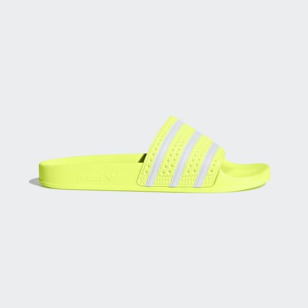 quality design 45d32 18af4 Sandale Adilette Semi Frozen Yellow   Ftwr White   Semi Frozen Yellow B37672