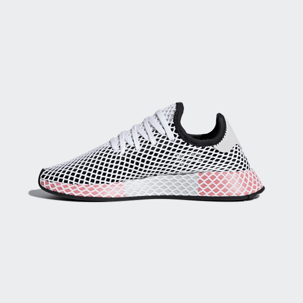 8bedcd925fa9b Deerupt Runner Shoes Core Black   Core Black   Chalk Pink CQ2909