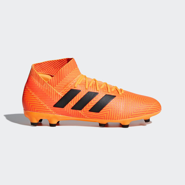 c20fd2e3cfe9a Zapatos de Fútbol Nemeziz 18.3 Terreno Firme ZEST CORE BLACK SOLAR RED  DA9590