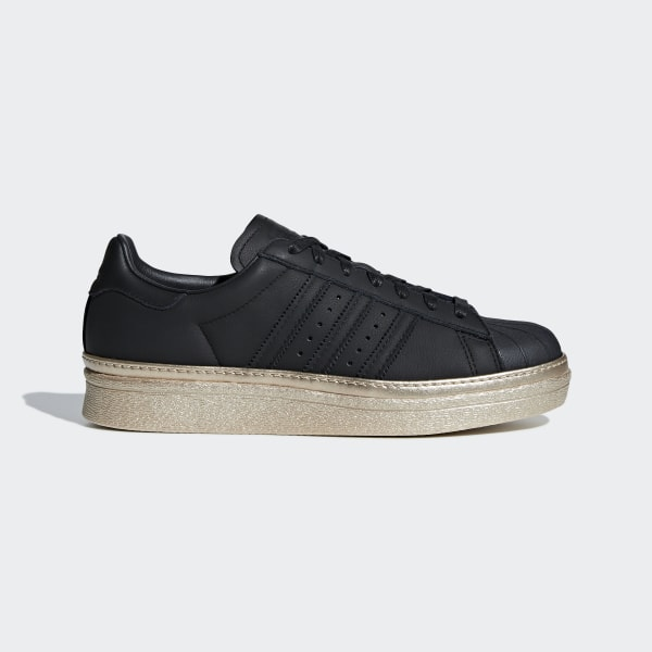 pretty nice 98a94 cc0d9 Tenis Superstar 80s New Bold W CORE BLACK CORE BLACK GOLD MET. B28041