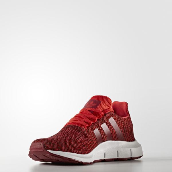 fe7e0f37bb289 Swift Run Shoes Red   Collegiate Burgundy   Cloud White CG4117