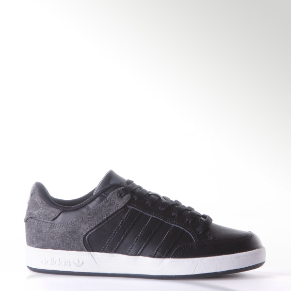 best sneakers d2975 47731 ZAPATILLAS DE SKATE VARIAL LOW CBLACK FTWWHT DGSOGR F37491