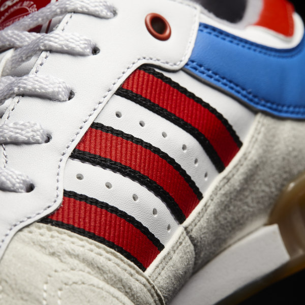 online store 3747a 4cde8 Handball Top Shoes Vintage White   Tactile Red   Bright Royal BY9535