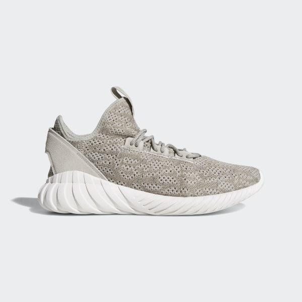 98. adidas Originals – Tubular Doom – Grüne Sneaker in