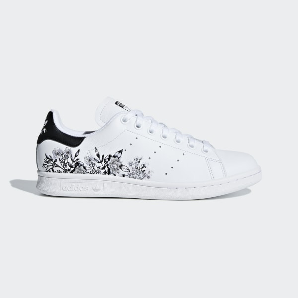 e70567cfcd4b Stan Smith Shoes Cloud White   Core Black   Cloud White BC0257
