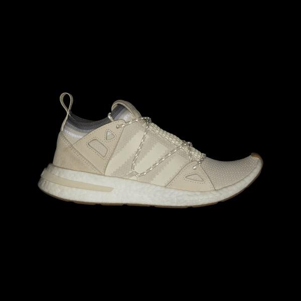 new arrival cf4fc 157db Arkyn Shoes Chalk White  Cloud White  Gum DB1979