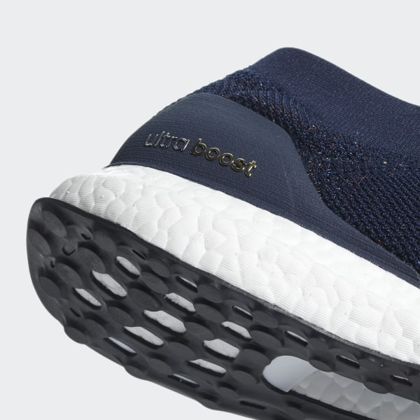 782d84ef7ad19 UltraBOOST LACELESS Collegiate Navy   Ftwr White   Core Black CM8269
