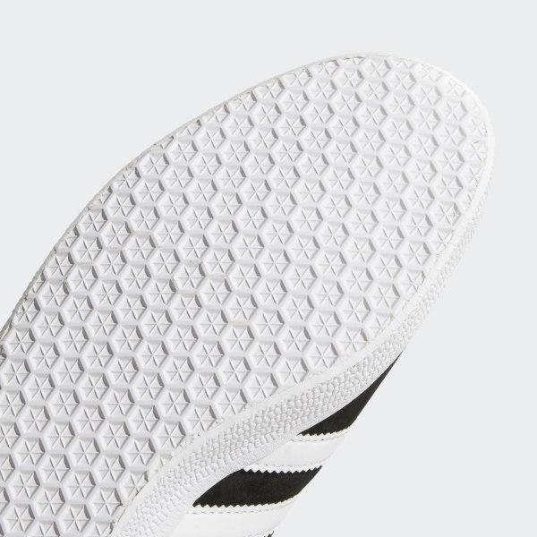 cheap for discount 9a7cb ed3f2 Gazelle Shoes Core Black  White  Gold Metallic BB5476