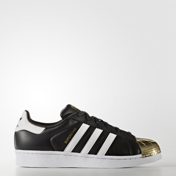 new product 9e2cd d3f3d Tenis Superstar 80s Punta De Metal Mujer CORE BLACK FTWR WHITE GOLD MET.