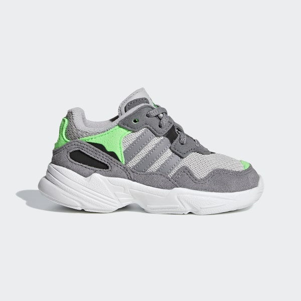 7ac3239071bfd5 Yung-96 Shoes Grey   Grey   Shock Pink DB2822
