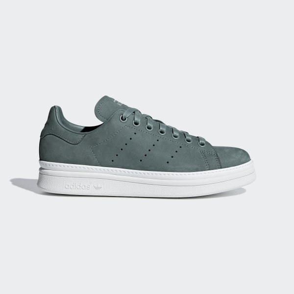 24b7fc34deb7 Stan Smith New Bold Shoes Raw Green   Raw Green   Cloud White B37664