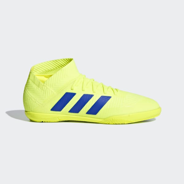 9f15dd4b02 Chuteira Nemeziz Tango 18.3 Futsal Solar Yellow   Football Blue   Active  Red CM8512