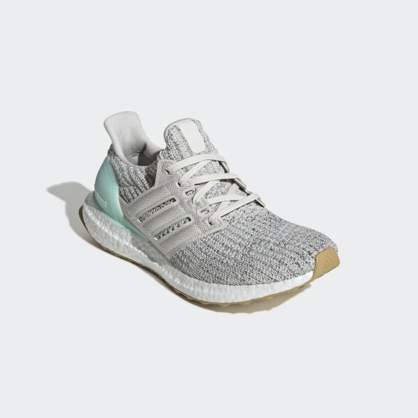 Ultraboost Shoes Clear Mint   Raw White   Carbon DB3212 a0f862b55