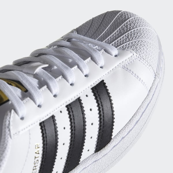 2a77dab04187 Superstar Shoes Cloud White   Core Black   Cloud White C77124