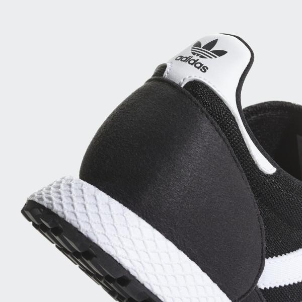 official photos 967f7 32a08 Forest Grove Shoes Core Black   Ftwr White   Core Black B37743