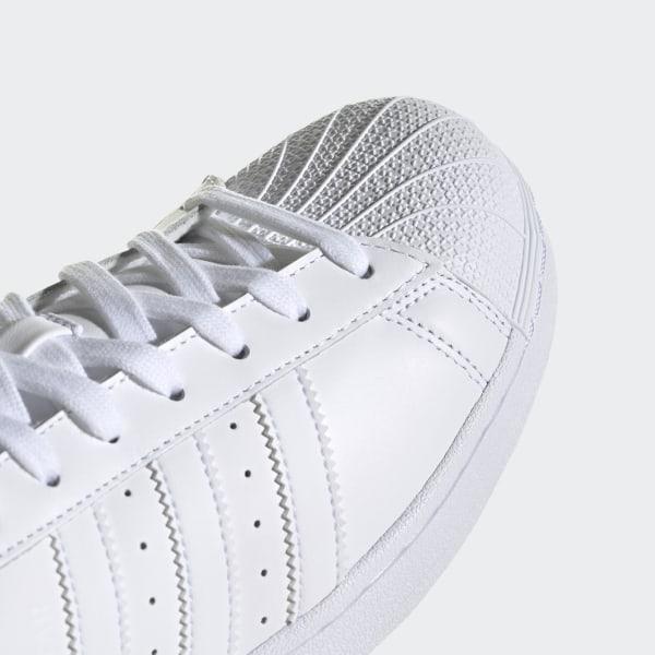 the latest fd5b5 93338 Scarpe Superstar Foundation Footwear White   Cloud White   Cloud White  B27136