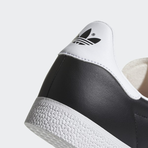 best sneakers 51201 83f46 World Cup Gazelle Super Essential Shoes Core BlackFtwr WhiteCrystal White  CQ2794