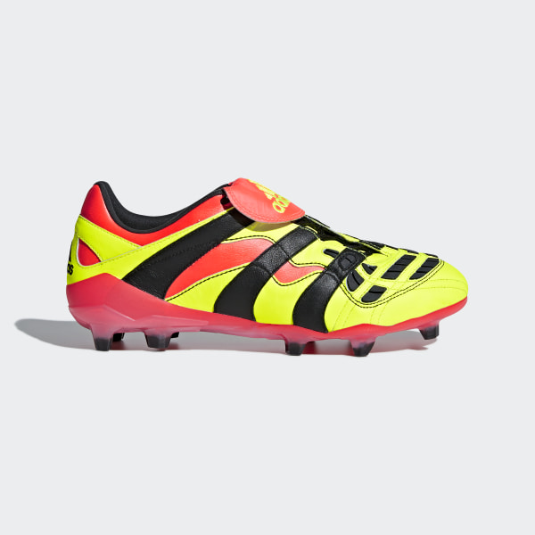 Calzado de Fútbol Predator Accelerator Terreno Firme SOLAR YELLOW CORE  BLACK SOLAR RED BB7412 9a8590a62b3a8