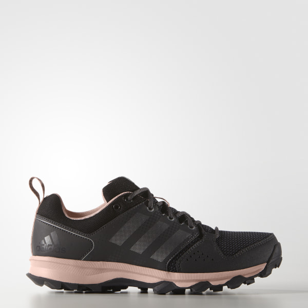 67208cd7502 Tenis para Correr Galaxy Trail Mujer UTILITY BLACK F16   SILVER MET.    VAPOUR PINK