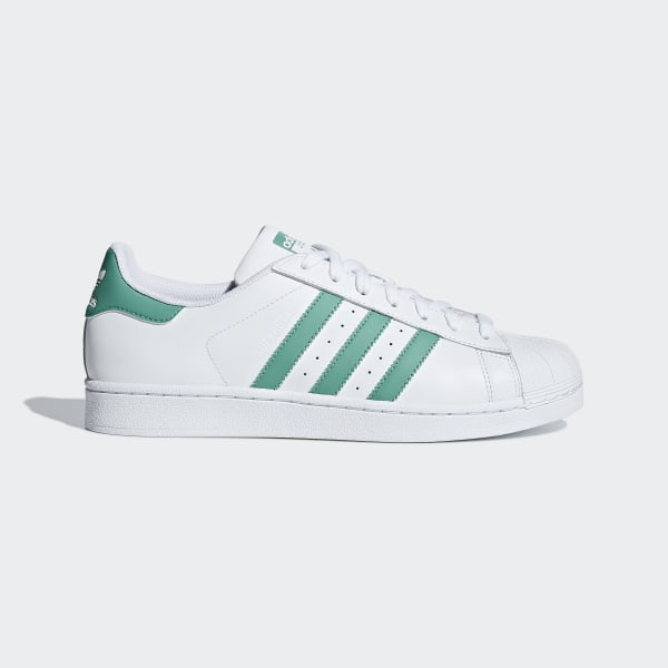 timeless design e48d7 457b6 Chaussure Superstar Ftwr White  True Green  Ftwr White G27811
