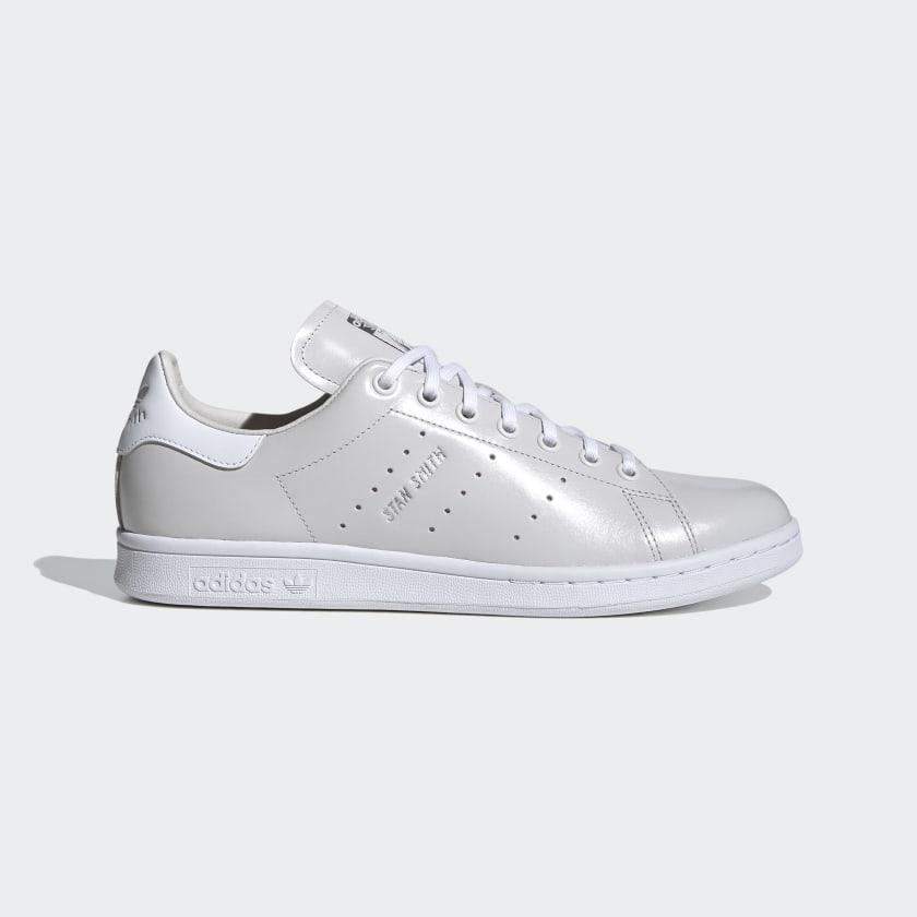 Gasto grandioso en cualquier sitio  Stan Smith Grey, Cloud White and Silver Shoes | adidas US