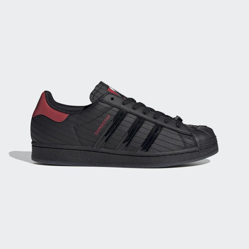 Imperativo Albardilla a pesar de  adidas Superstar Star Wars Darth Vader Shoes - Black | adidas Canada