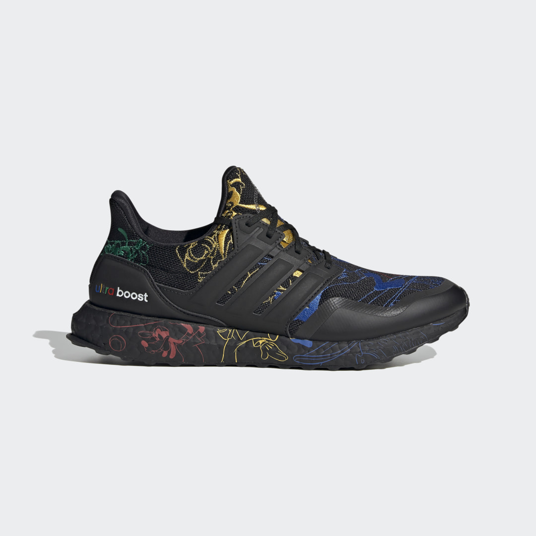 Zapatilla Ultraboost DNA x Disney