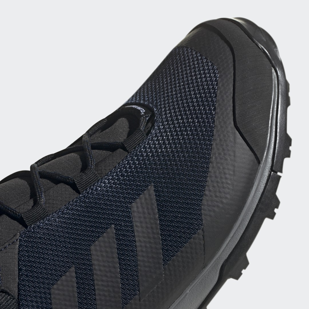 Фото 4 - Кроссовки TERREX Tivid Mid ClimaProof adidas TERREX черного цвета