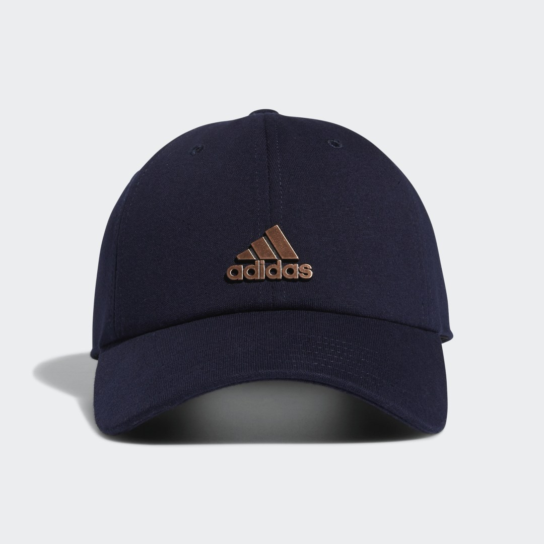 adidas Crown yourself the queen of casual sporty style. Pull on this easygoing adidas baseball cap, and get all the go-with-anything simplicity you love. It has a relaxed fit that helps you feel more chill than ever.