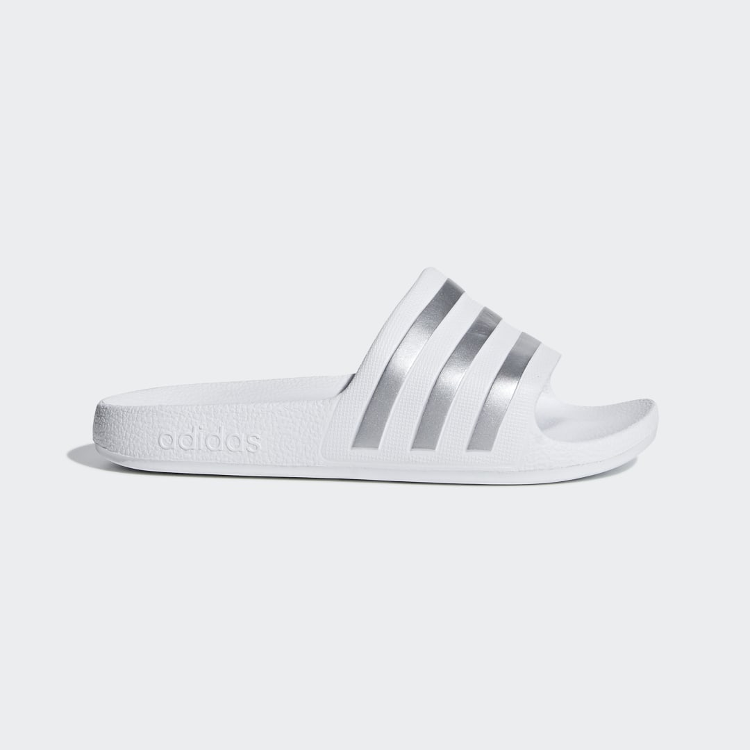 детские шлепанцы adidas, белые