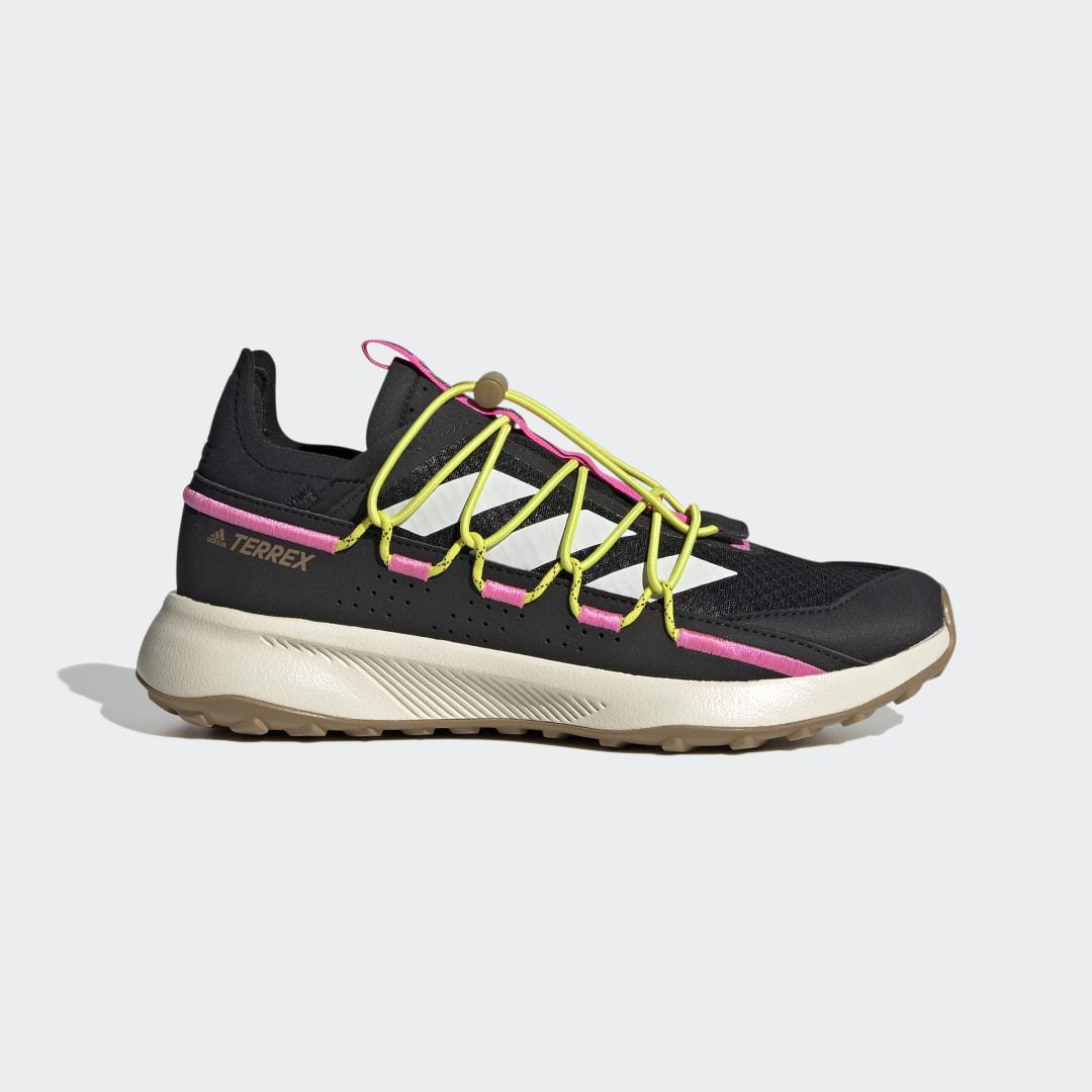 Кроссовки для хайкинга Terrex Voyager 21 Travel adidas TERREX черного цвета