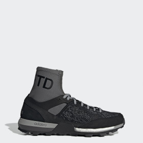 adidas x UNDEFEATED Adizero XT Boost Schuh