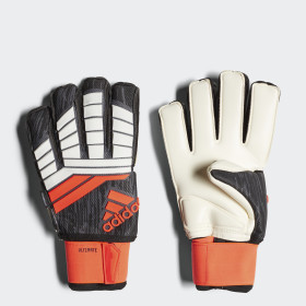 Predator 18 Ultimate Gloves