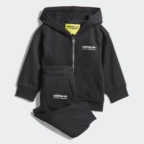Conjunto chaqueta con capucha y pantalón Kaval