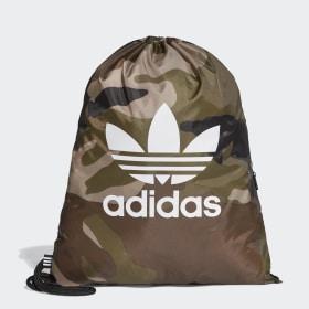 Camouflage gymnastikpose