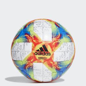 Conext 19 Offizieller Spielball