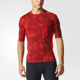 Playera Techfit Base Graphic