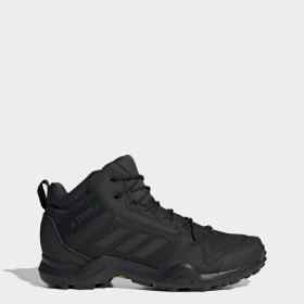 confronto nike adidas scarpe trekking