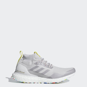 adeeba774 Ultraboost Mid Shoes. -25 %. Men s Running