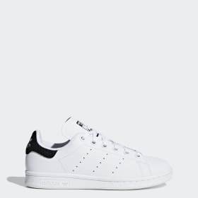 detailed look d2b35 8a42a Stan Smith Shoes