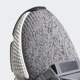 Prophere Shoes Grey Cloud White Solar Red Cq3023