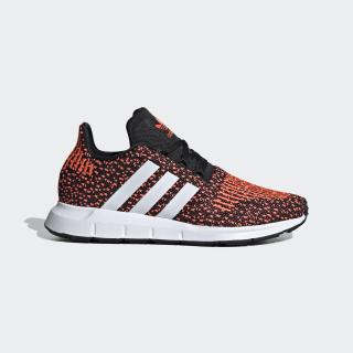 Swift Run Shoes Core Black / Cloud White / Signal Coral EF5939