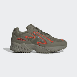Yung-96 Chasm Trail Shoes Raw Khaki / Raw Khaki / Solar Red EE7232